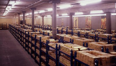 США возвращают Германии золото. Однако.