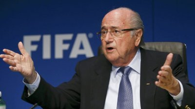 "Йозеф Блаттер: УЕФА ведет ""кампанию ненависти"""