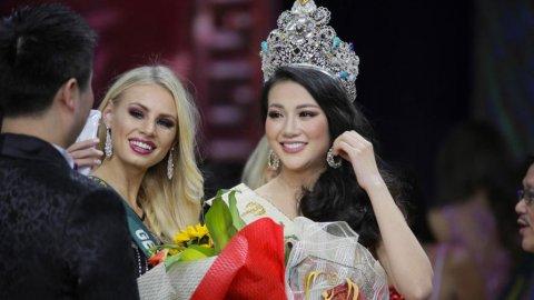 Корону «Мисс Земля» получила представительница Вьетнама