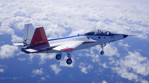 Mitsubishi X-2 Shinshin - японский лёгкий истребитель пятого поколения