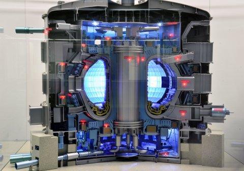 ITER - самый большой в мире термоядерный реактор на Токамаке