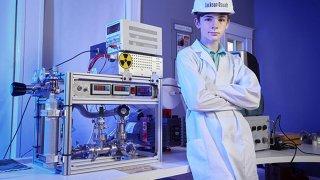 Американский подросток собрал дома работающий ядерный реактор