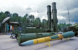 Зенитно-управляемая ракета 9М82М